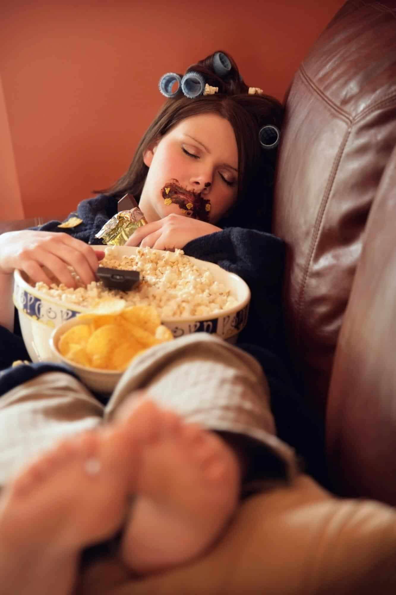 Emotional eating leads to unhealthy night eating habits
