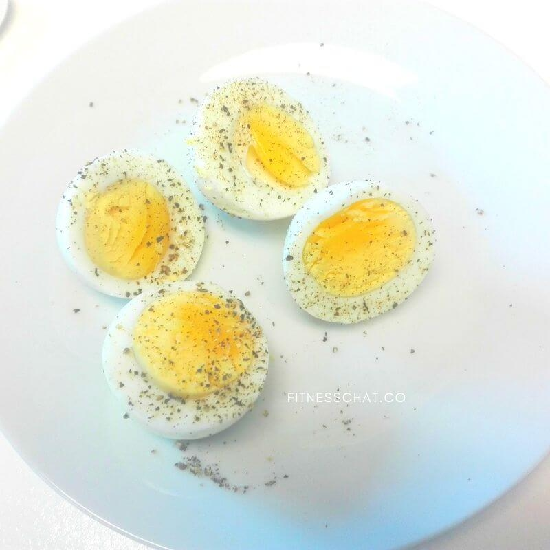 hard boiled eggs is a healthy and yummy high protein snack